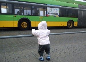 Poznan_EURO_2012_child_and_bus